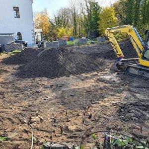 GaLa-Bauarbeiten mit Anlage Grünflächen und Aufbereitung einer Erdstoffdeponie