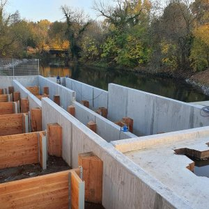 Errichtung einer technischen Fischaufstiegsanlage als vertical-slot-pass