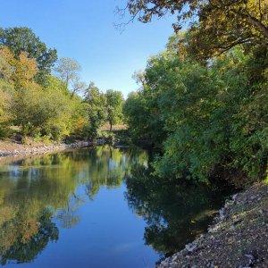 Entschlammung, Uferbefestigung und Renaturierung Flussabschnitt Weiße Elster